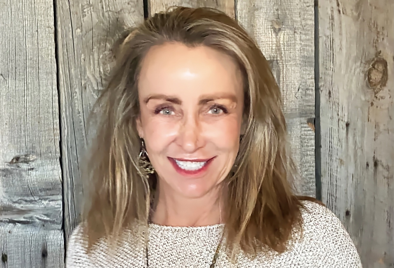 Jennifer Sanders profile
